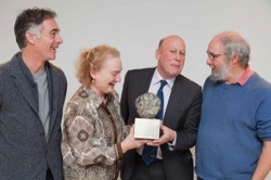 Achates Award Win 2017 - Greg Wise (actor), Cinzia Hardy (Artistic Director, November Club), Robert Addison (Manager, Hexham and Northern Marts) and Peter Brooke-Ball MRBS (sculptor of the Awards). © Achates Philanthropy Foundation